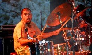 Drummer crash ride cymbal volume control