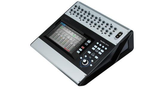QCS TouchMix-30 Pro Mixer